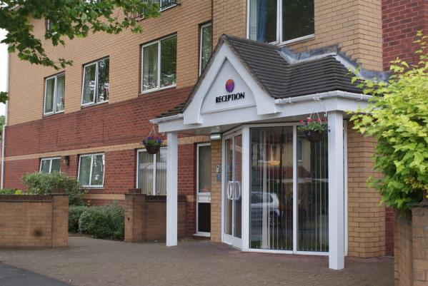 Delves Court Care Home Walsall, West Midlands